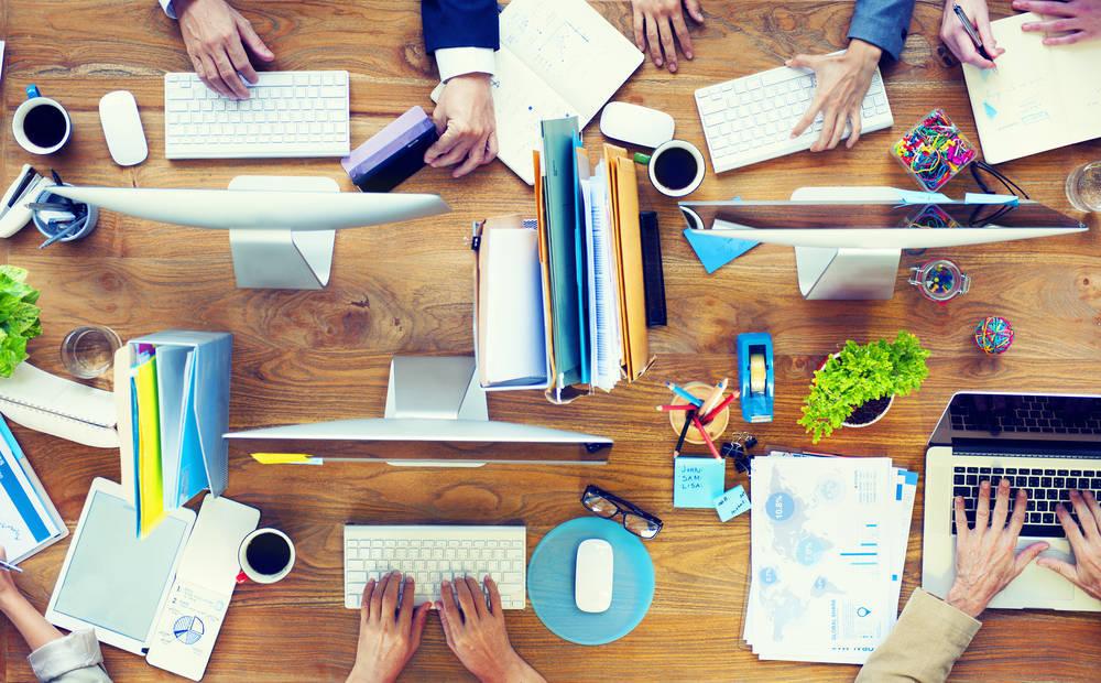 Trabajar dentro o fuera de casa siendo freelance