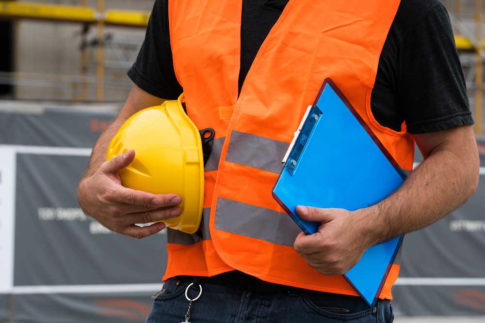 Ropa de seguridad: Fundamental para la protección del equipo humano
